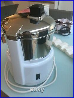 Commercial Industrial Stainless Steel Waring Juice Extractor PJE50X used once