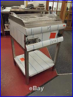 New Lincat GS6 Electric Griddle Plate with SLS6 stand for Commercial Kitchens